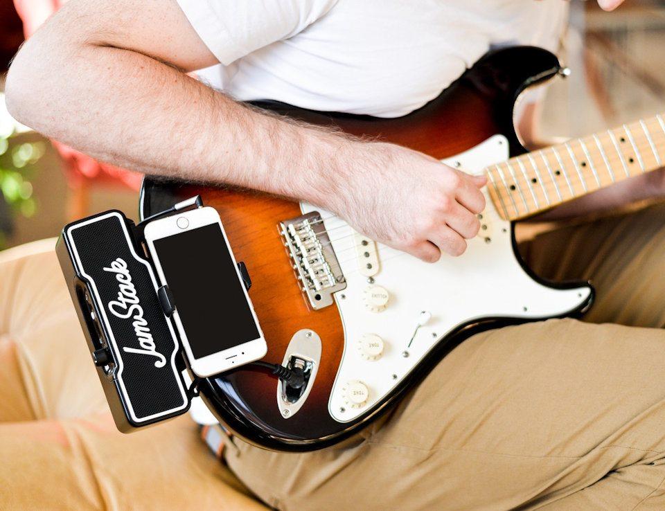 JamStack : l'accessoire iPhone pour les guitaristes qui bourlinguent
