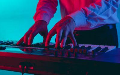 Quels styles musicaux choisir pour une soirée d'entreprise ?